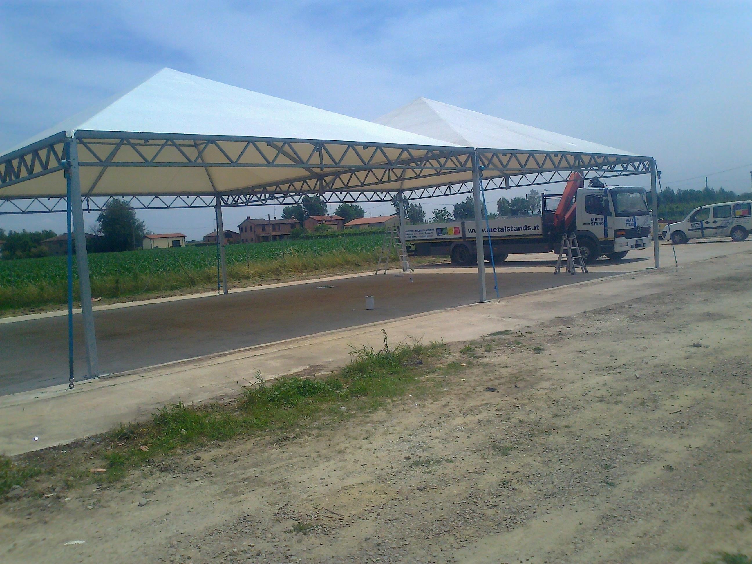vendita strutture usate d 39 occasione metal stands